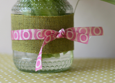 Ribbon jar close-up