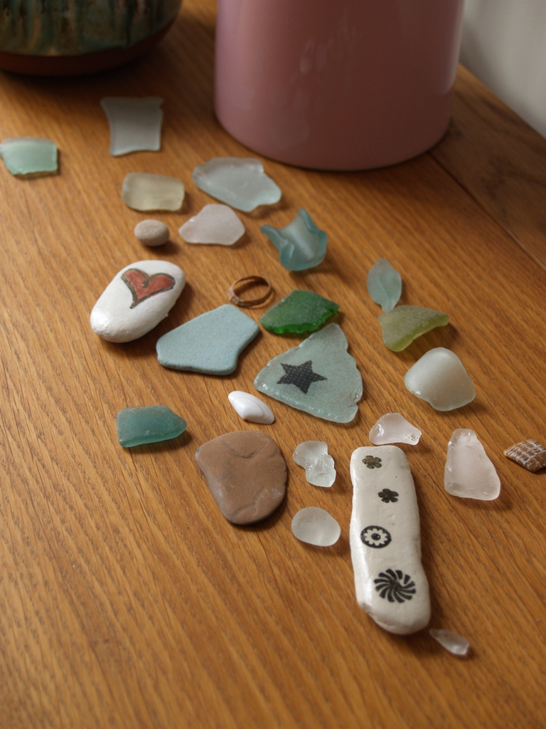 PoTD_Sept09_pebbles_