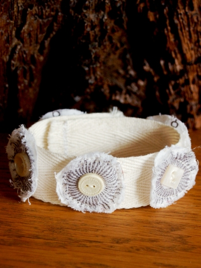9a. LilypadLesson_FabricJewellery_JulieKirk_finished cuff_